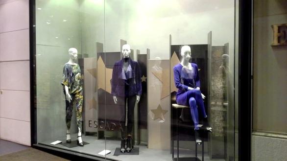 ESCADA BARCELONA WINDOW DESIGN (1)