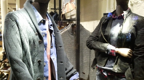 PEPE JEANS BORNE FALL WINTER WINDOW DESIGN TEVIAC ESCAPARATISMO EN BARCELONA FOLLOW US ON FACEBOOK (2)