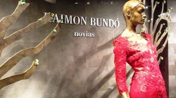RAIMON BUNDO NOVIAS ESCAPARATE DIAGONAL TEVIAC ESCAPARATISMO EN BARCELONA (2)