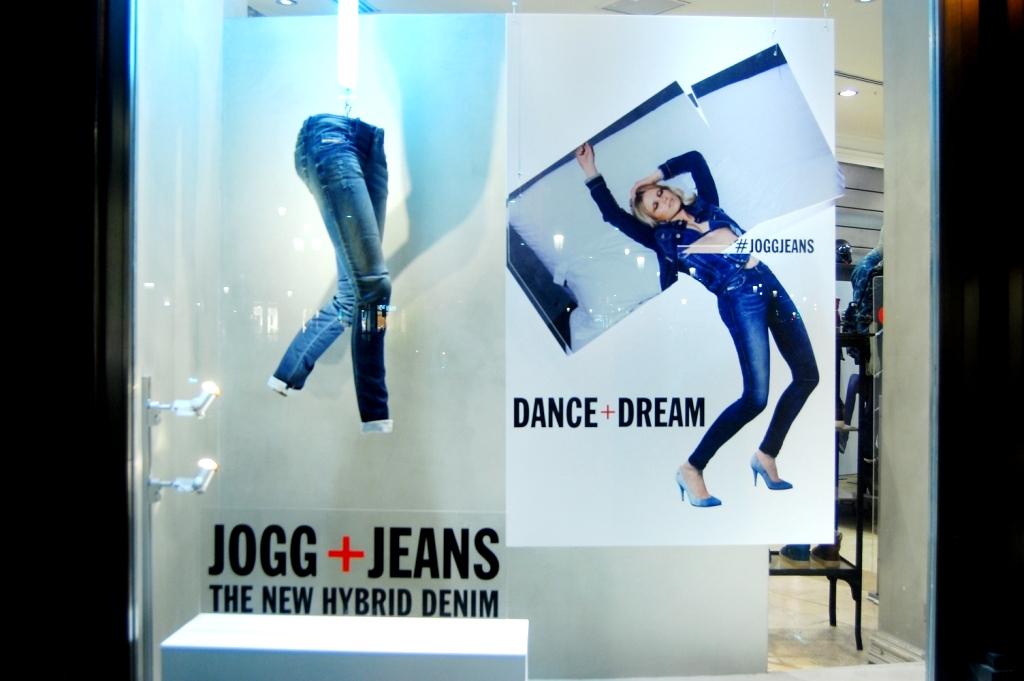 G-STAR ESCAPARATE JOGG PASEO DE GRACIA #gstar #jogg #newdenim #barcelona  (2)