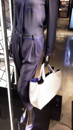 EMPORIO ARMANI ESCAPARATE PASEO DE GRACIA www.teviac.wordpress.com #armani #barcelona #windowdisplay (7)