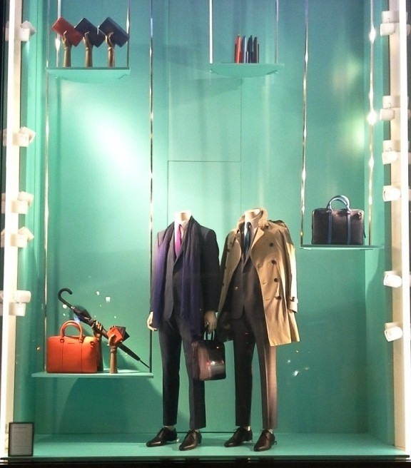 BURBERRY PASEO DE GRACIA ESCAPARATE #teviac #barcelona #burberry #spring www.teviac.wordpress (6)