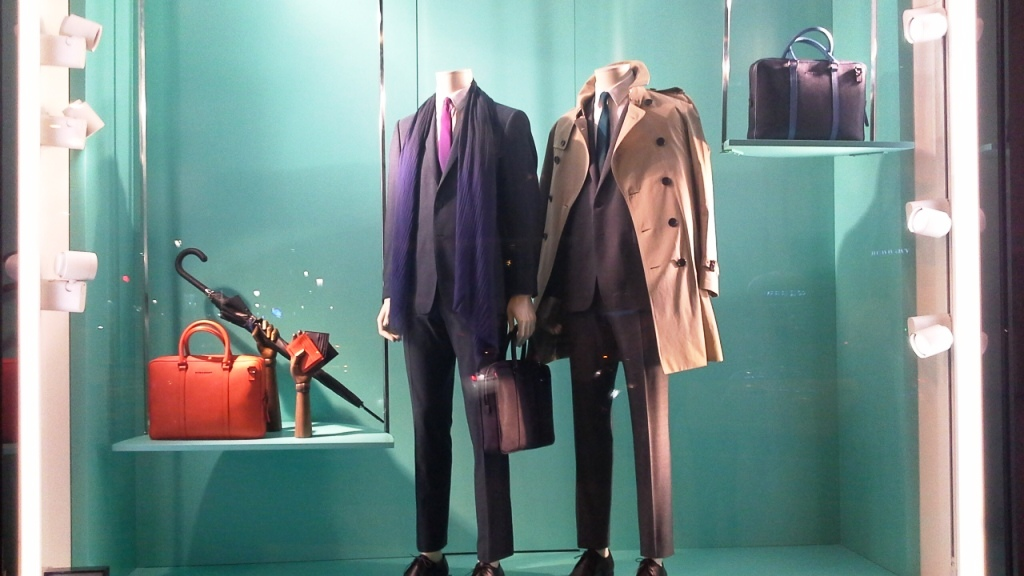BURBERRY PASEO DE GRACIA ESCAPARATE #teviac #barcelona #burberry #spring www.teviac.wordpress (7)