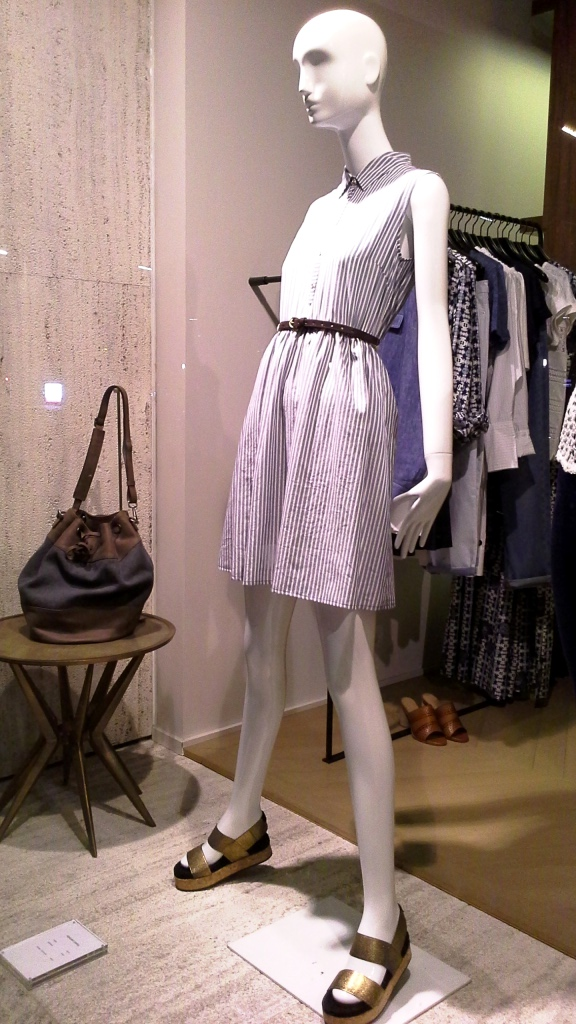 GERARD DAREL ESCAPARATE DIAGONAL BARCELONA MAYO 2015 #escaparate #barcelona #outfit #instafashion (2)