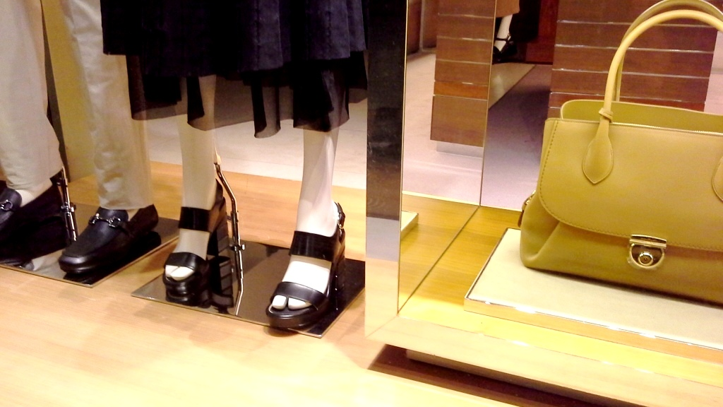 SALVATORE FERRAGAMO ESCAPARATE PASEO DE GRACIA BARCELONA #marketing #retail #ecommerce (5)