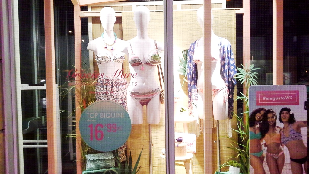 WOMEN SECRET ESCAPARATE MAYO 2015 TEVIAC ESCAPARATISMO EN BARCELONA SUMMER www.teviacescaparatismo.com  (2)