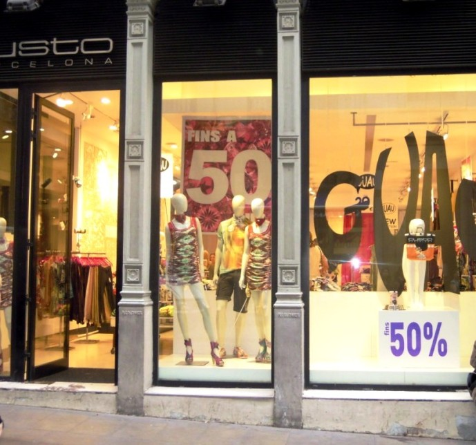 TEVIAC CUSTO BARCELONA PORTFOLIO MARKETING ON LINE ESCAPARATE (3)