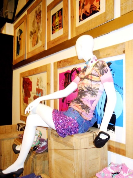 TEVIAC PORTFOLIO VISUAL MERCHANDISING MARKETING OFF LINE (6)