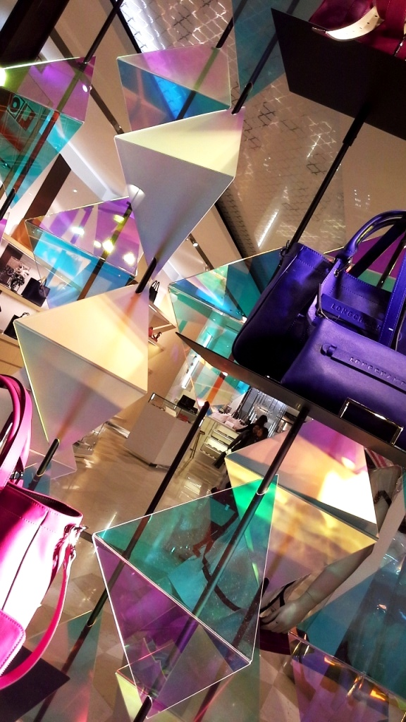 LONGCHAMP ESCAPARATE BARCELONA SS16 TENDENCIA PASEO DE GRACIA (9)