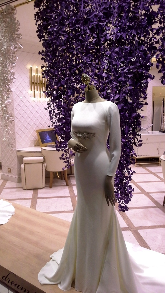 PRONOVIAS ESCAPARATE BARCELONA #pronoviasescaparate #pronovias2016 #teviac #window #vetrina (11)