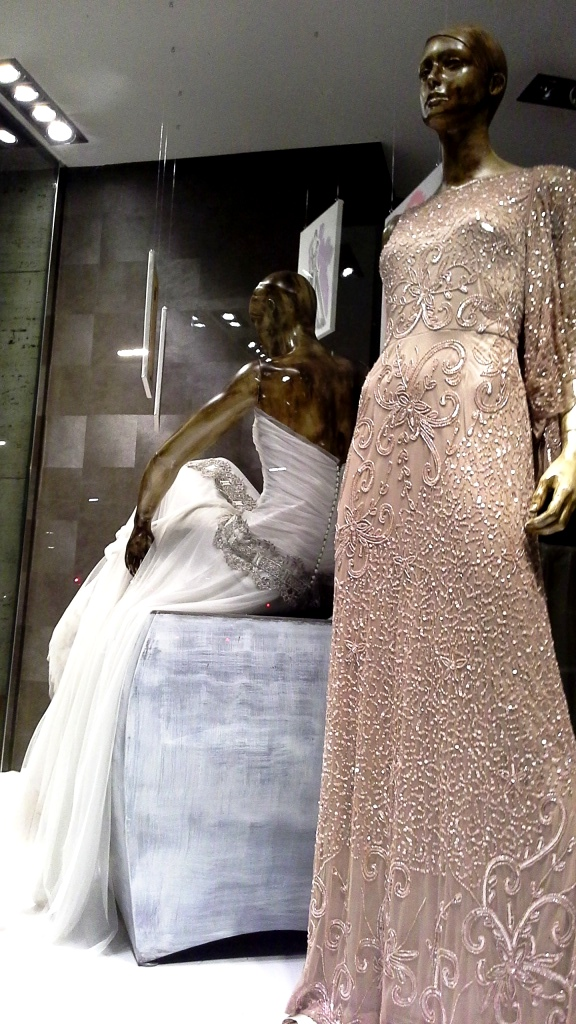 RAIMON BUNDÓ NOVIAS ESCAPARATE DIAGONAL #escaparatelover #aparadorlover #window #wedding (19)
