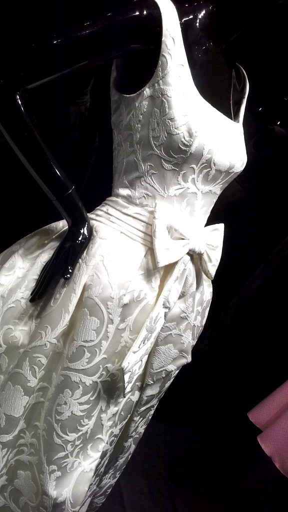 ROSA CLARÁ ESCAPARATE BARCELONA AV DIAGONAL TENDENCIA NOVIAS WEDDING PLANNER #coolhunter (8)