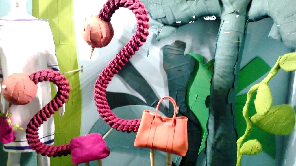 EL ESCAPARATE DE HERMES PARIS EN BARCELONA SUMMER 2016 #luxe #iger #fashion #itgirlbarcelona #coolhunterusa #paseodegracia (5)
