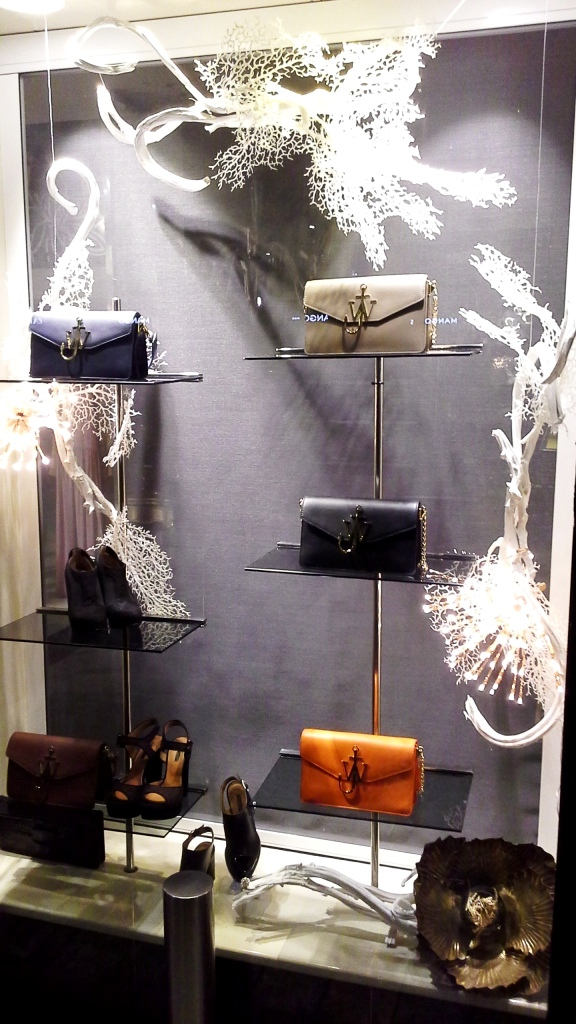 jean-pierre-bua-escaparate-barcelona-shopping-diagonal-aparador-escaparatismo-window-escaparatelover-2