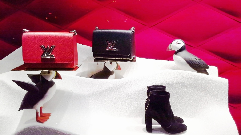 louis-vuitton-escaparate-el-corte-ingles-diagonal-barcelona-shop-luxe-escaparatelover-aparadorlover-windowlover-12