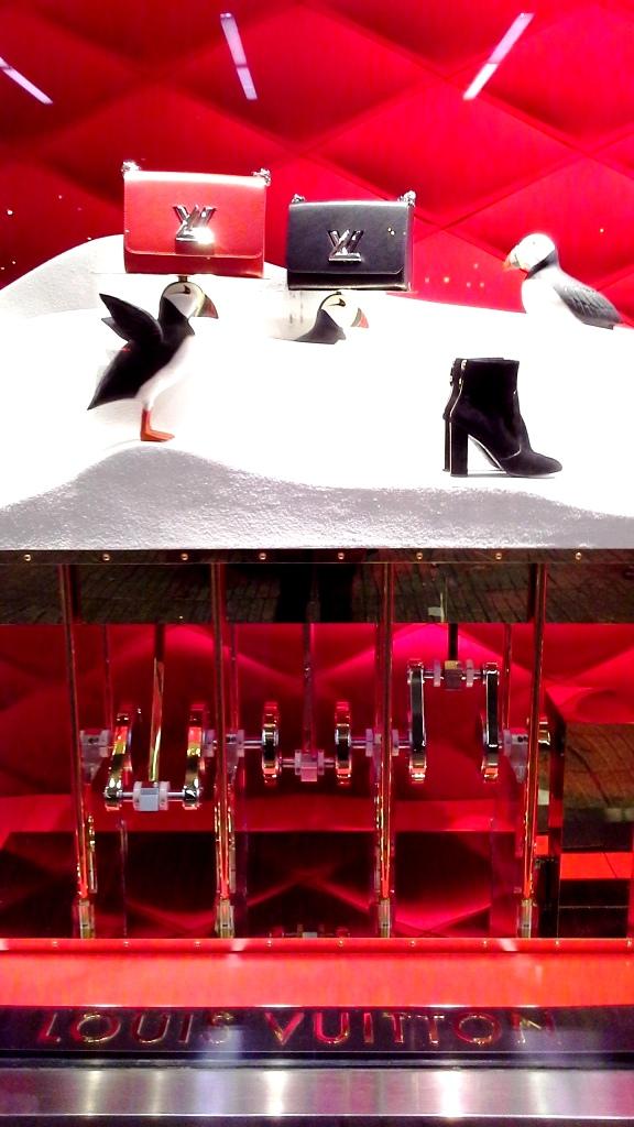 louis-vuitton-escaparate-el-corte-ingles-diagonal-barcelona-shop-luxe-escaparatelover-aparadorlover-windowlover-8