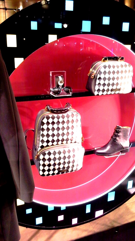 emporio-armani-escaparate-paseo-de-gracia-barcelona-vetrina-window-aparador-display-teviac-escaparatismo-7