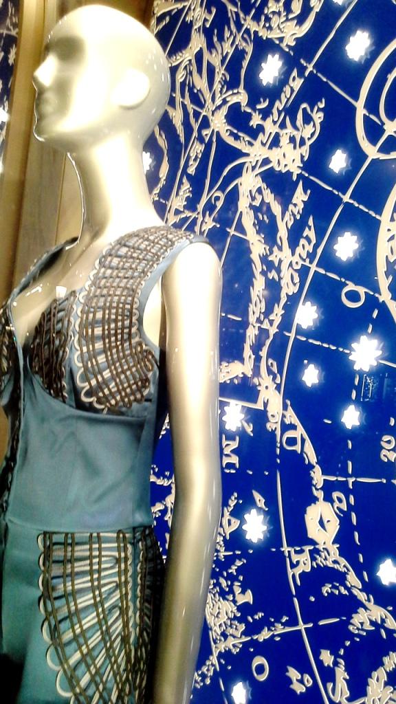 la-perla-escaparate-paseo-de-gracia-barcelona-escaparatismo-escaparate-aparador-windowdresser-vetrina-escaparatelover-shopping-10