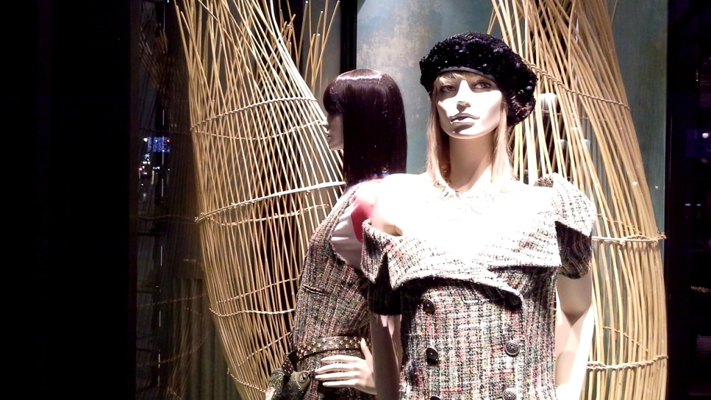 chanel-escaparate-paseo-de-gracia-barcelona-escaparatelover-windowdisplay-windowdresser-trend-chanelescaparate-tendencia-6