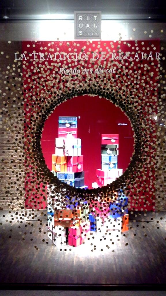 rituals-escaparate-diagonal-escaparate-escaparatismo-aparador-window-vetrina-windowdisplay-shop-2