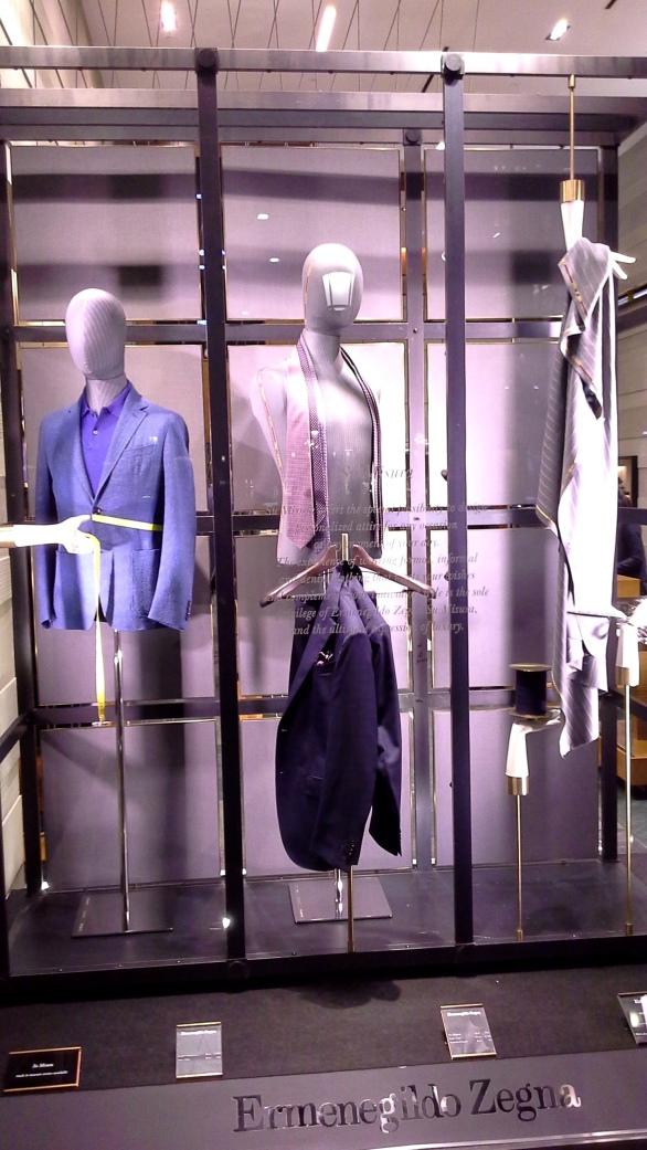 ERMENEGILDO ZEGNA ESCAPARATE BARCELONA #zegna #escaparatebarcelona #escaparatismobarcelona #shopping #closetmen (2)