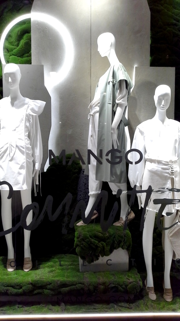 MANGO COMMITTED COLLECTION #escaparatelover #escaparatebarcelona #escaparatismobarcelona #escaparatemadrid #diseño #moda #fashion #teviac #jorditena (1)