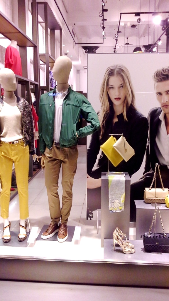 robertoverino-robertoverinocomprar-fashion-retail-escaparatelover-teviac-igerwindow-escaparate-storewindow-1