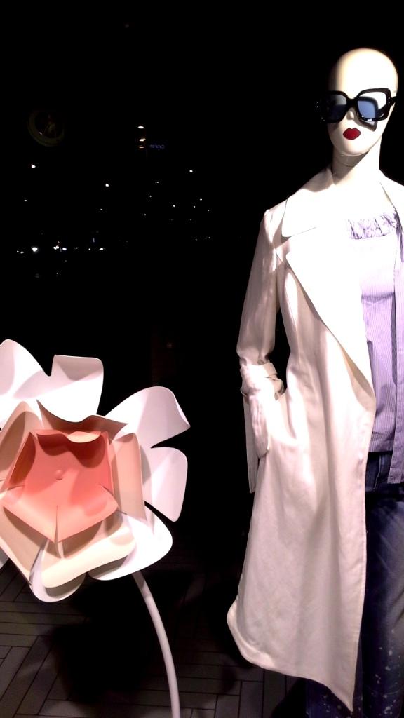 #maxandco #escaparatebarcelona #escaparatismo #aparador #shoppingbarcelona #women #fashionista #fashionblog #moda #trend #teviac #escaparatelover (5)