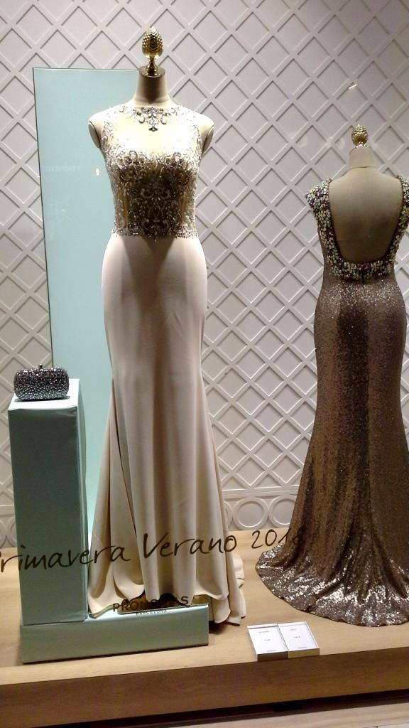 #pronovias #pronoviasescaparate #bridalfashionweek #bcnbridalweek #bridal #boda #escaparatebarcelona #escaparatismobarcelona #trend #fashion (3)