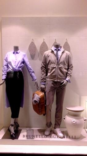#brunellocucinelli #brunellocucinelliescaparate #escaparatebarcelona #teviac #escaparatelover #influencer #moda #fashionista (1)