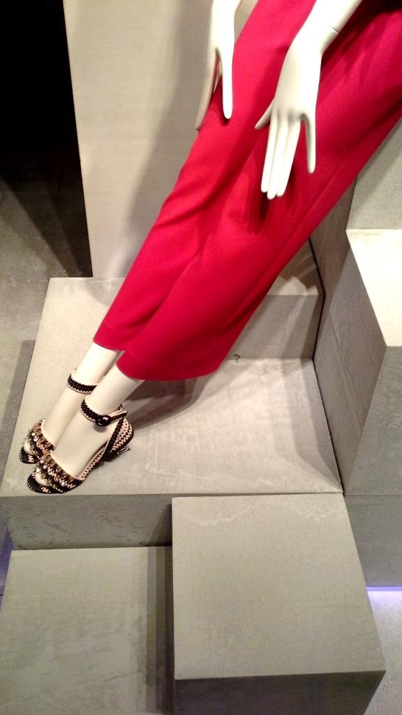 #uterque #escaparatebarcelona #escaparatismobarcelona #teviac #escaparatelover #fashion #influencer #personalshopper #ecommerce #moda (6)