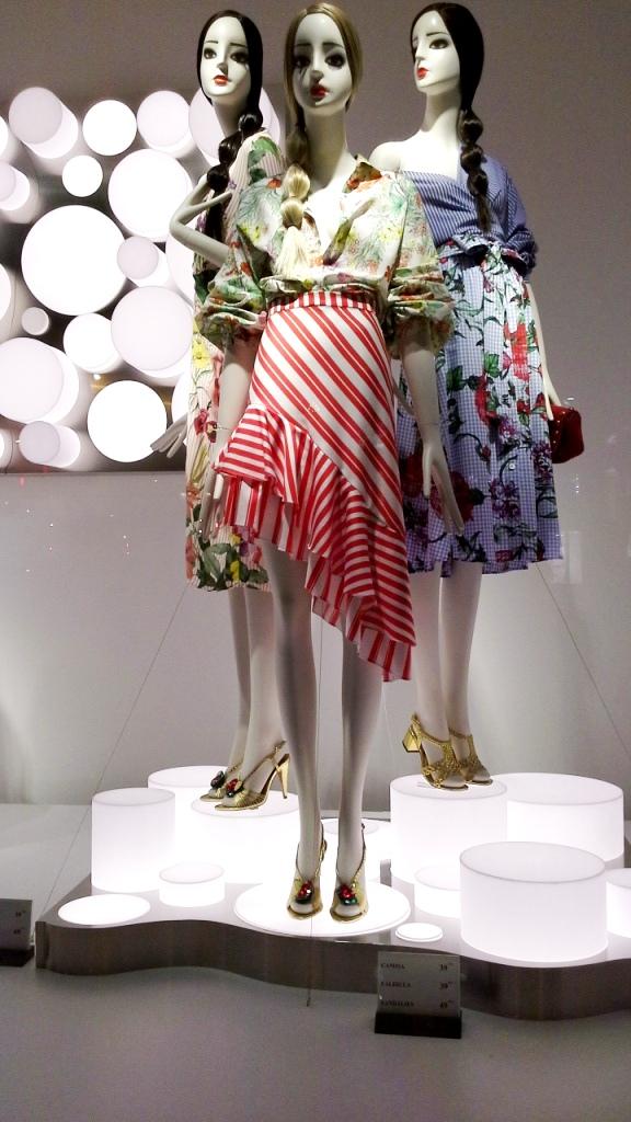 #zaraescaparate #inditex #escaparatebarcelona #escaparatismobarcelona #fashionista #moda #escaparatelover (2)