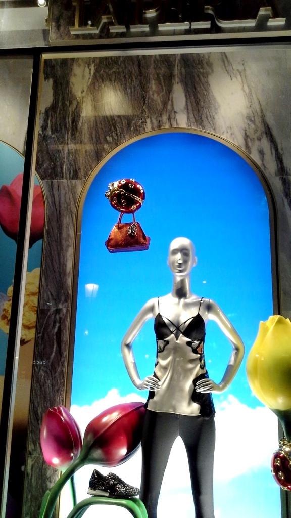 #laperla #laperlaescaparate #artidi #madeinartidi #escaparate #visualmerchandiser #fashionista #escaparatelover #tena #trend #googlefashion (1)