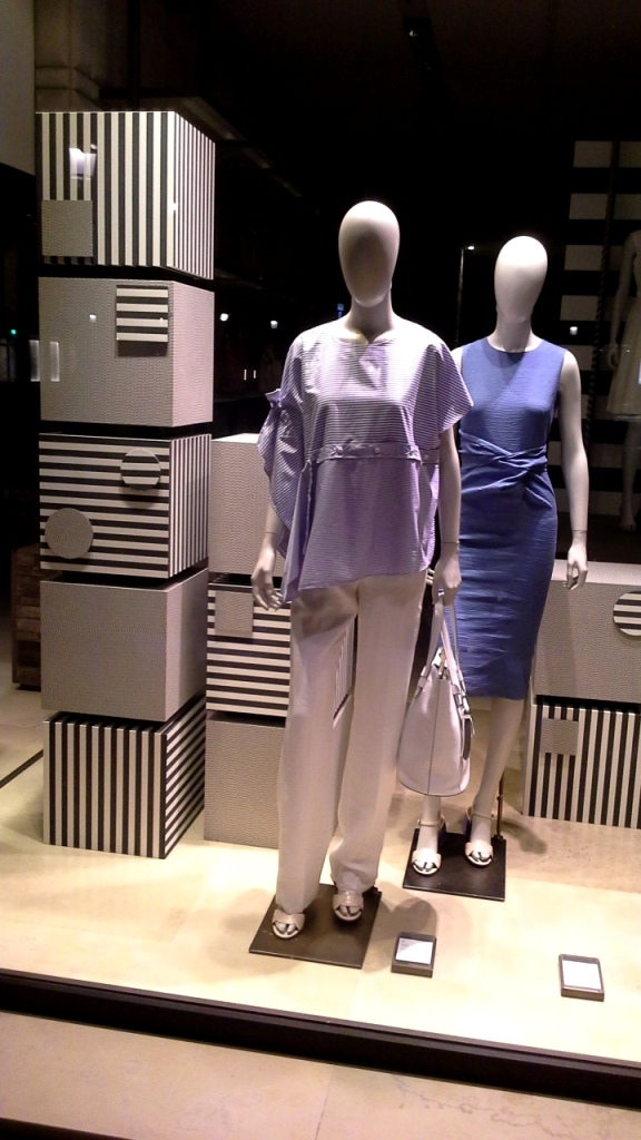 #maxmara #maxmaratrend #shopmaxmara #moda #tendencia #fashion #barcelona #influencer #teviac #escaparate (1)