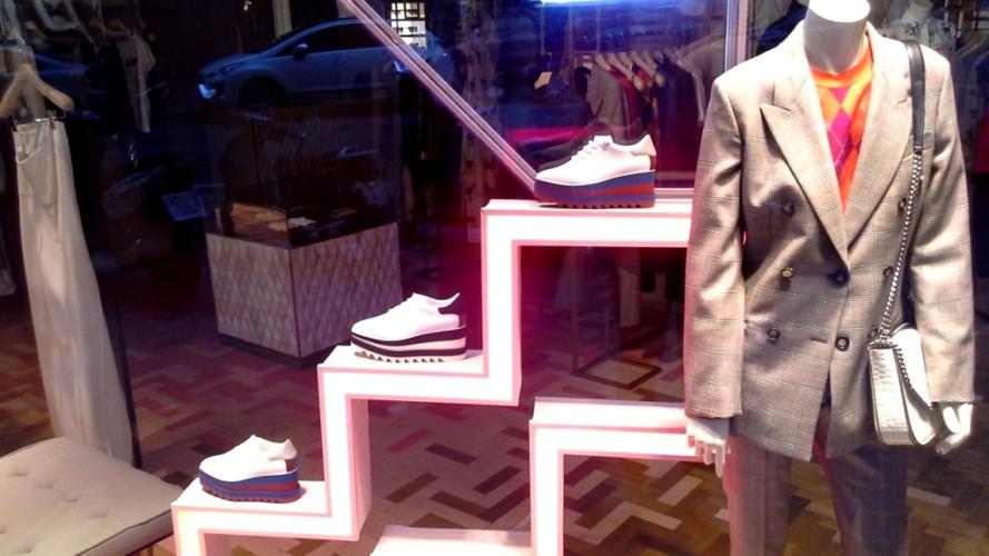 #stellamccartney #escaparate #shopping #fashionbarcelona #modabarcelona #trendy #escaparatelover #influencer (7)