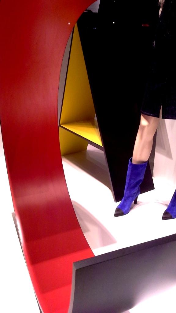 #chanel #chanelbarcelona #barcelona #shopping #moda #trend #fashion #moda #aparador #escaparatechanel #artidi #escaparatelover #teviac (6)