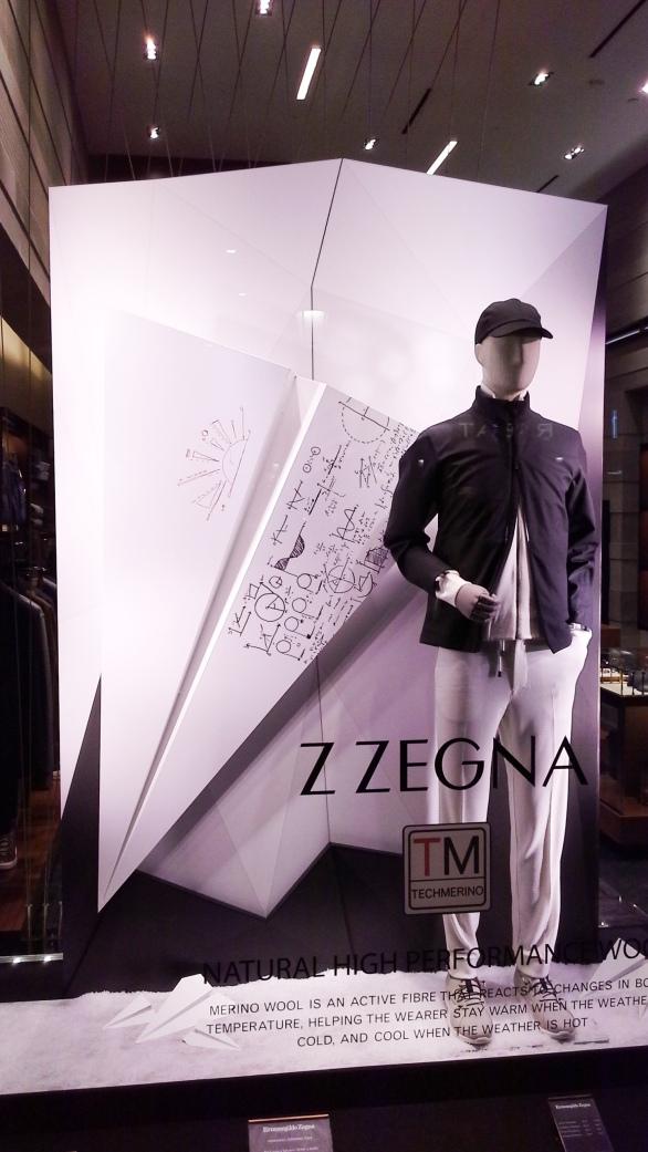 #zegna #zeganescaparate #ermenegildozegna #zeganespaña #trend #influencer #escaparatebarcelona #escaparatismobarcelona #vetrina #windowdisplay (2)