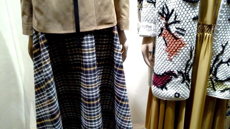#dior #diortrend #comprarmoda #moda #fashionblogger #escaparate #escaparatismo #barcelona #teviac #escaparatelover #luxe #exclusivo #escaparatebarcelona (2)