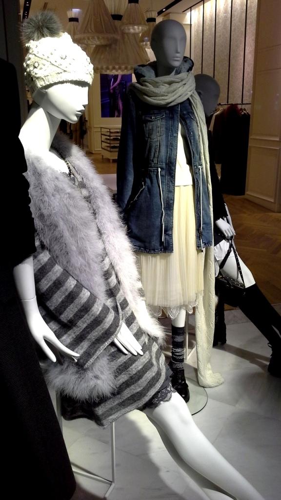 #escaparatebarcelona #escaparatismo #moda #fashion #vetrina #barcelona #trend #teviac #escaparatelover (6)
