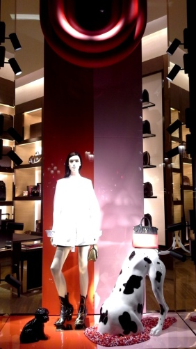 #louisvuitton #louisvuitton barcelona #fashionpost #fashionaddict #luxe #trend #fashion (2)