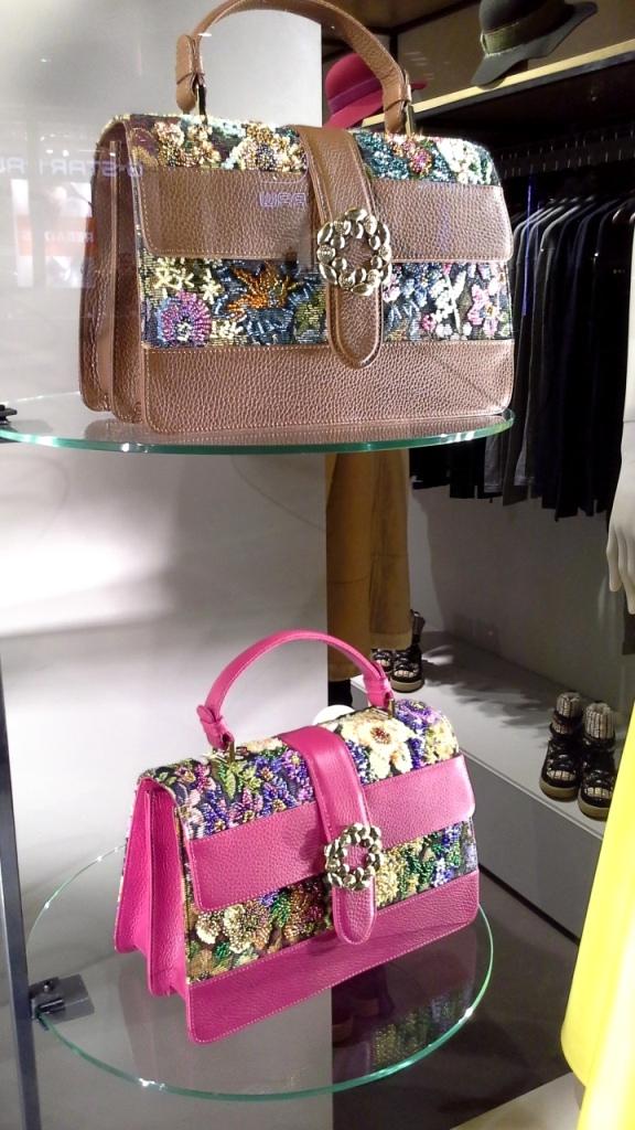 #pilaroporto #pilaroportoescaparate #fashionaddict #fashionpost #fashionblogger #moda #trend #barcelona #comprarmoda #influencer #escaparatelover #teviac (6)