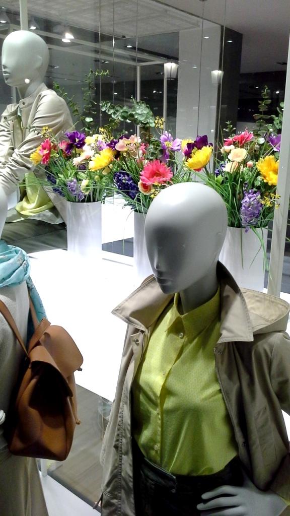 #benetton #unitedcolorsofbenetton #spring #springmoda #primaveratendencia #escaparatebarcelona #escaparatismobarcelona #teviac #fashion #moda (1)