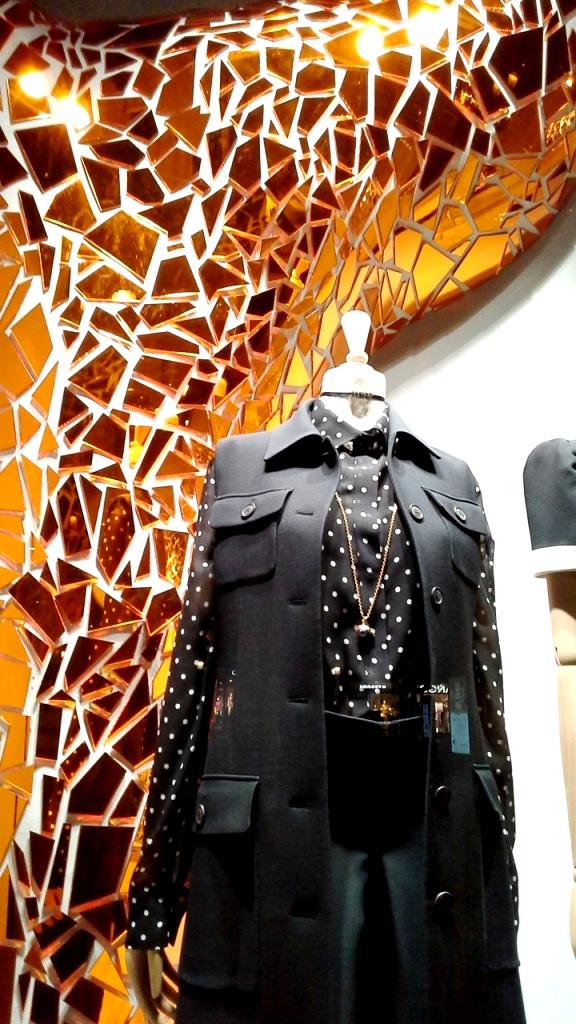 #fashion #dior #diorspain #shop #moda #tendencia #novedadesdior #windowstore #visualmerchandiser #teviac #jorditena #escaparatelover (9)