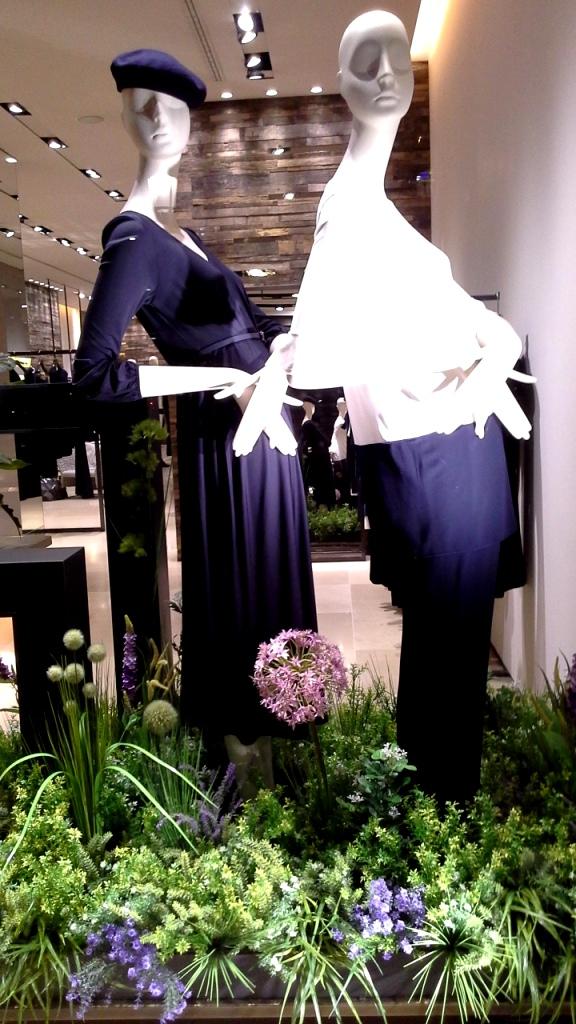 #maxmara #maxmarab arcelona #trend #fashionblog #shop #teviac #escaparatelover #moda #escaparatismo (1)