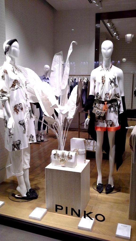 #pinko #escaparate #escaparatismobarcelona #trend #moda #fashionspain #pinkoss18 ç (2)