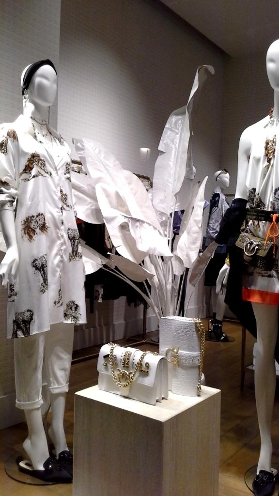 #pinko #escaparate #escaparatismobarcelona #trend #moda #fashionspain #pinkoss18 ç (9)