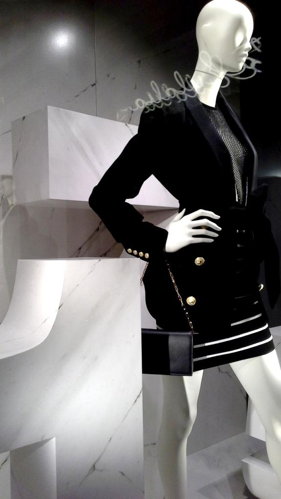 #santaeulalia #santaeulaliatrend #santaeulaliapaseodegracia #escaparatebarcelona #escaparatismobarcelona #moda #fashion (3)