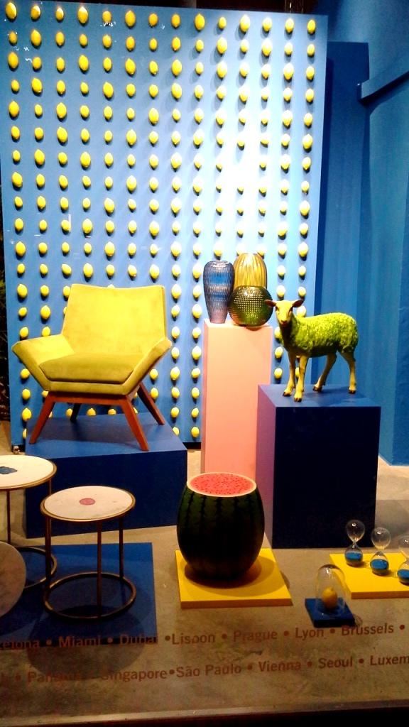 #karebarcelona #deco #interiorismo #tendencia #kare #diseño #escaparate #aparador #visualmerchandising (1)