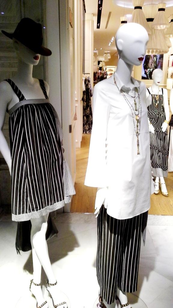 #twinset #simonabarbieri #escaparate #vetrina #escaparatismo #barcelona #shop #moda #vetrina (4)