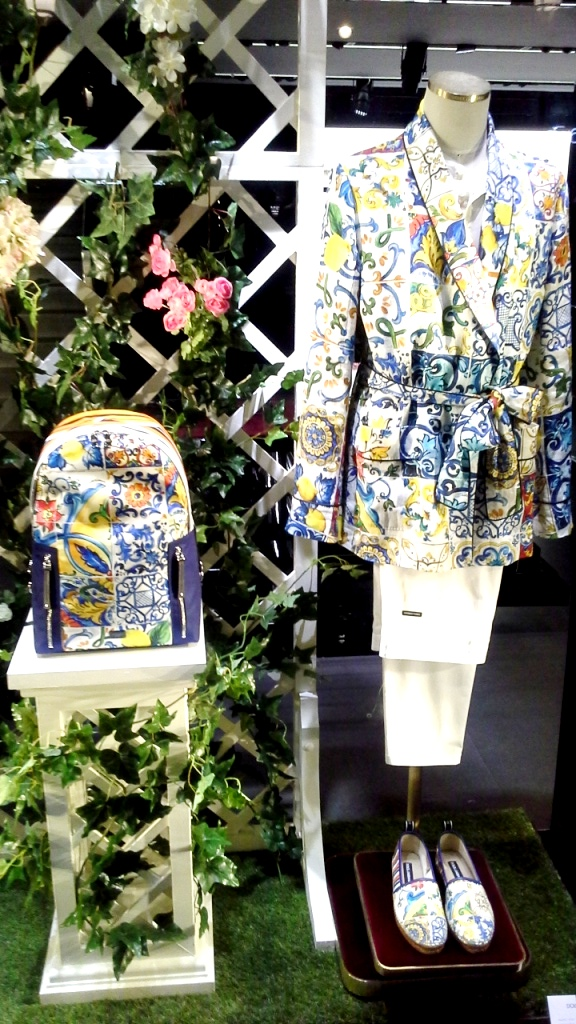 #dolcegabbana #escaparatess2018 #shopping @trend #moda #barcelona #dgspain #influencer (9)